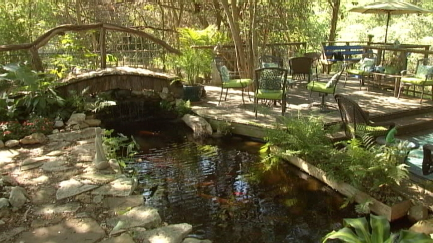 Barbara and David Hale garden, Austin Pond Society