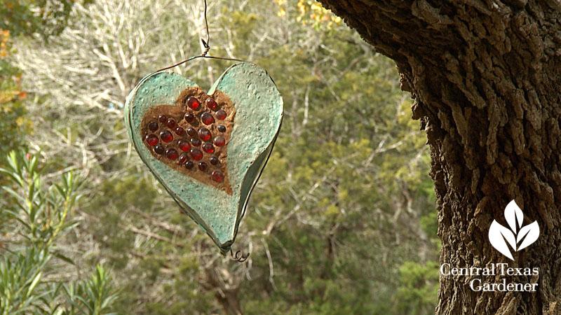 Hanging garden art heart Sol'stice Garden Expressions