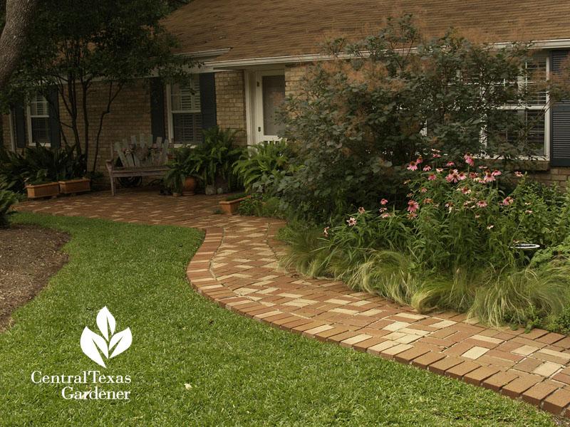 removing lawn Robin Howard Moore Central Texas Gardener