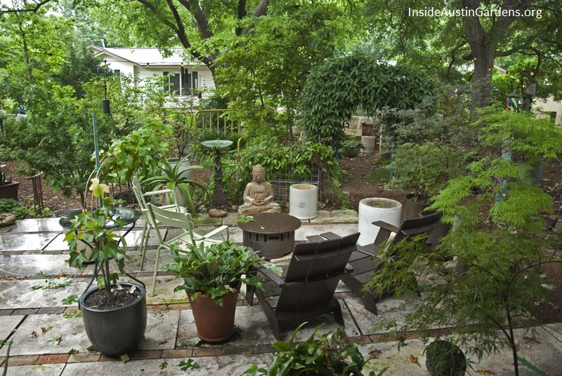 Inside Austin Gardens Tour 2015 - Martha King garden
