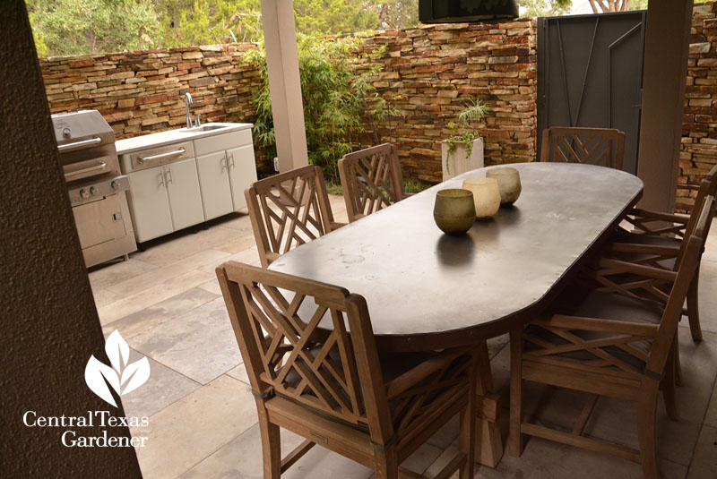 outdoor dining kitchen web