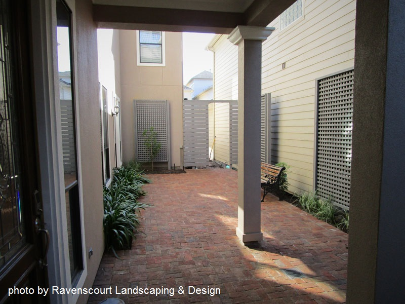 Courtyard design Ravenscourt Landscaping Central Texas Gardener