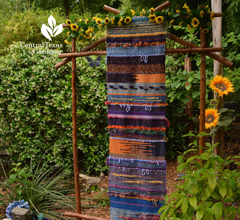 yarn weaving garden art Central Texas Gardener
