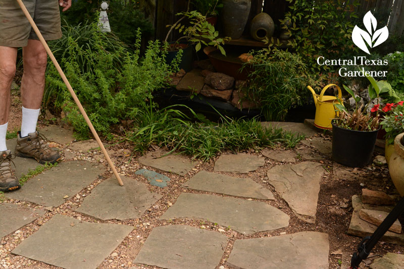 patio flagstones depict Midwestern states Central Texas Gardener