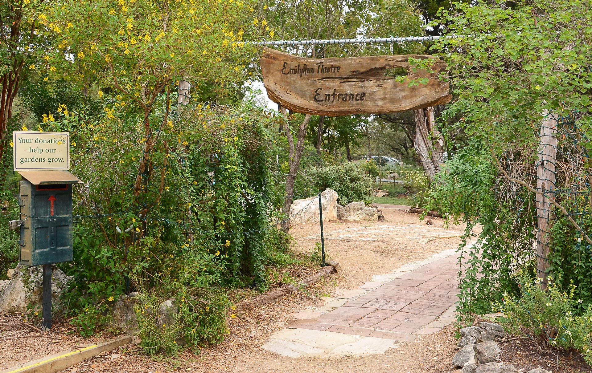 Garden-EmilyAnn-Theatre-Gardens