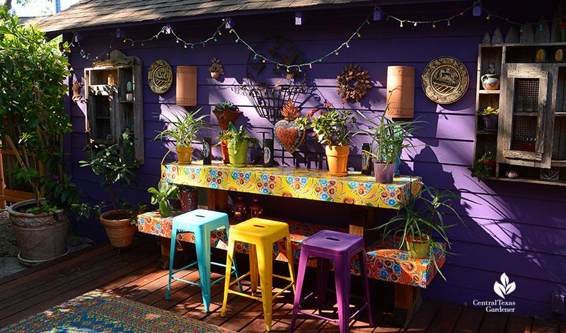 Lucinda Hutson's purple wall Fiesta patio wall Central Texas Gardener