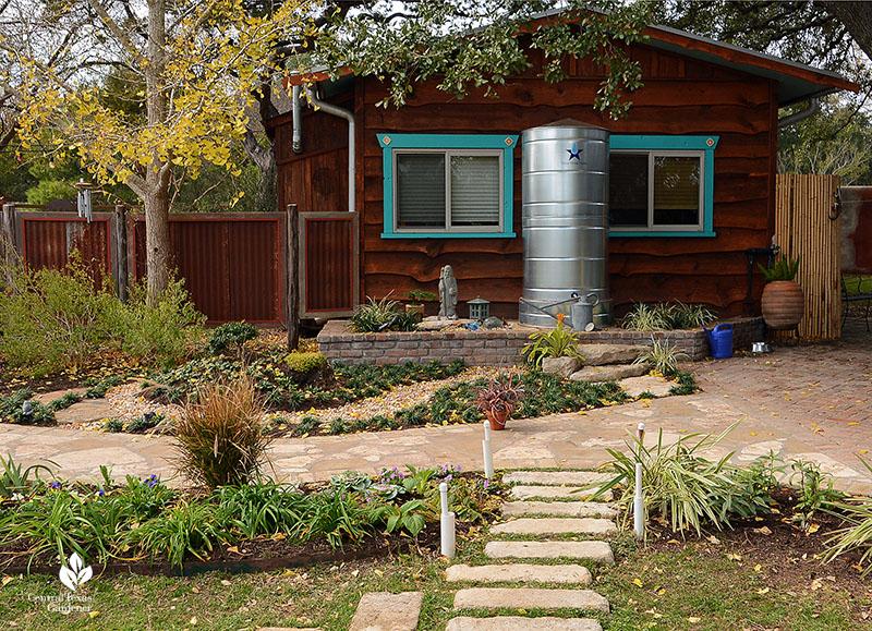 Cistern rainwater harvesting metal tank Zen garden John and Jane Dromgoole garden Central Texas Gardener