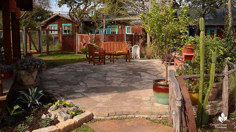flagstone patio outdoor living John and Jane Dromgoole Central Texas Gardener
