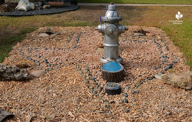 Texas shape rocks mulch